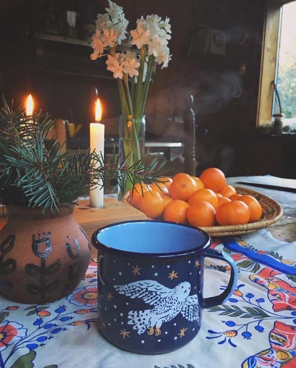 Milla of @thewomanwhomarriedabear shows her table spread with a mug by @phoebewahl.