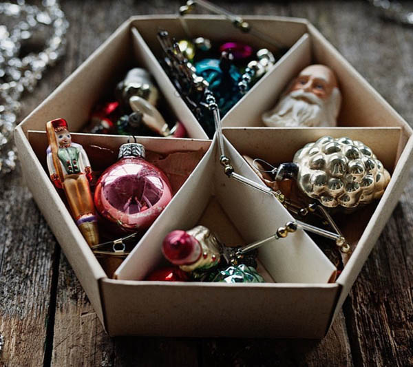 Old and Beautiful Christmas Treasures by Loreta & Elze of @allthebeautifulthingsblog.