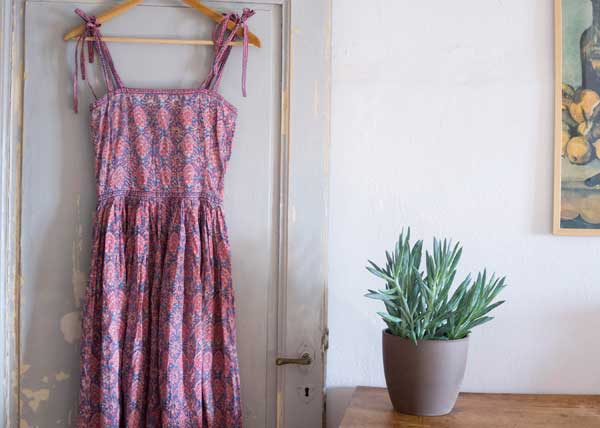 Vintage Indian hand block printed Summer dress offered by vintagefables on Etsy.
