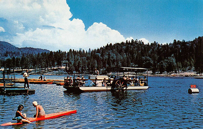 Vintage postcard of Lake Gregory in Crestline, CA